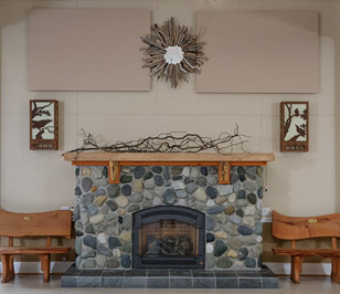 clubhouse_fireplace_close
